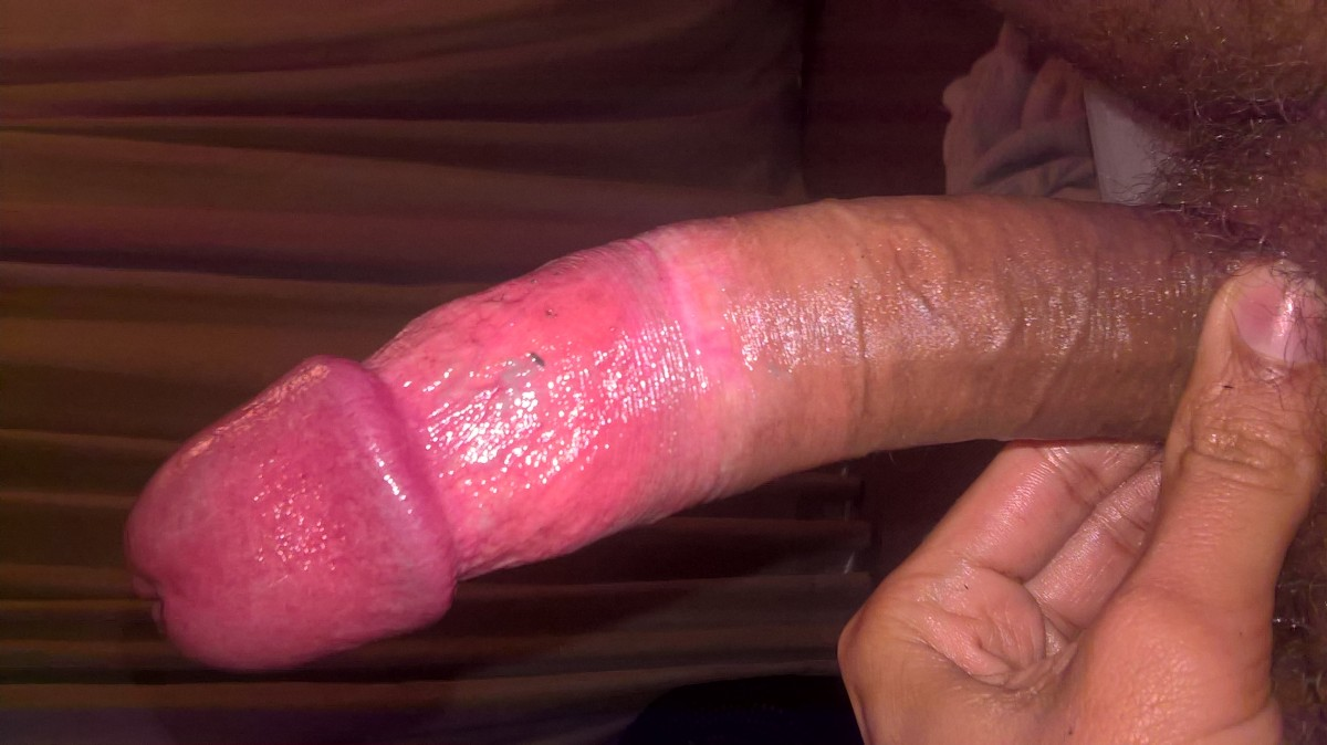 Rubbed big brown dick gone purple, gonna pop.