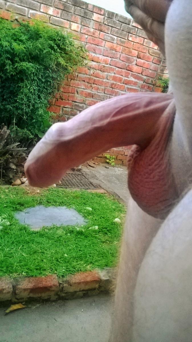 uncut gonubie cock