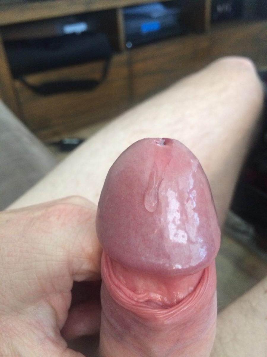 18 cm uncut cock with hot precum